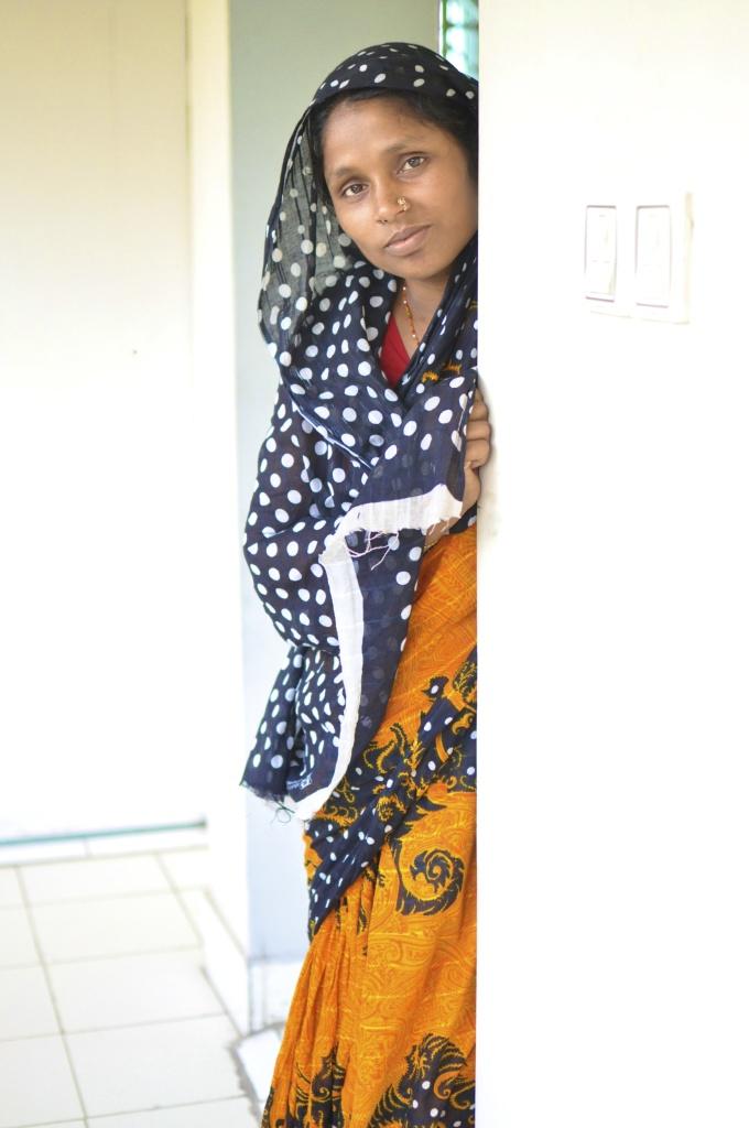 2011-5-17_Chittagong167_18UnilateralUnrepaired1.jpg