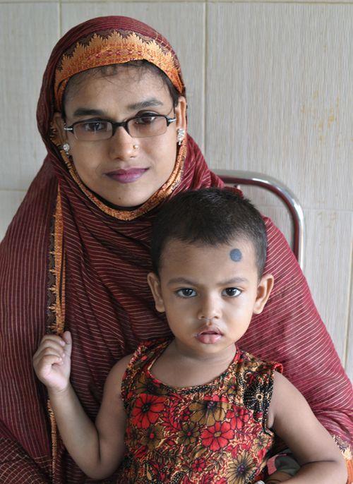 Mother Daughter- black dot